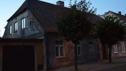 Turek zaniedbane budynku