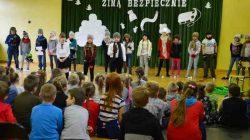 """SP Brudzew. Przedstawienie """"Zimą bezpiecznie"""""""