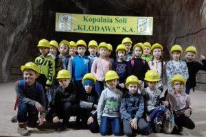 Malanów. Uczniowie zwiedzali kopalnię soli
