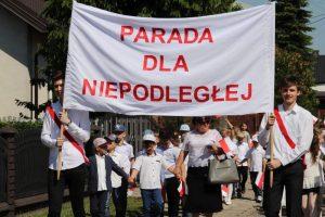 Malanów. Uczcili paradą 100-lecie niepodległości