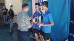 Zawody w drużynowym tenisie stołowym chłopców