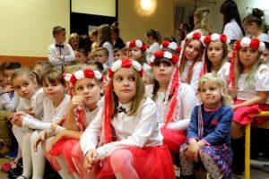 Cisew. Uczcili 100-lecie niepodległości uroczystą akademią