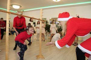Tuliszków. Stowarzyszenie Forum Kobiet zorganizowało Mikołajki dla dzieci