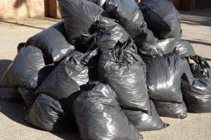 Czy wzrosną ceny za odbiór śmieci w gminie Dobra?