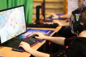 SUPER GAME e-sport 2019. Fani gier komputerowych zjechali do Turku