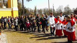 Niedziela Palmowa w parafii NNMP w Wyszynie