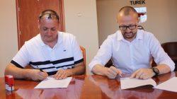 Turek, Podpisanie umowy na modernizację deptaku na ul. Kaliskiej