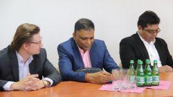 Inwestor wylądował w Przykonie. Ma wybudować największą farmę fotowoltaiczną w Polsce