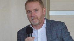 Piotr Piela na sesji Rady Miejskiej Turku