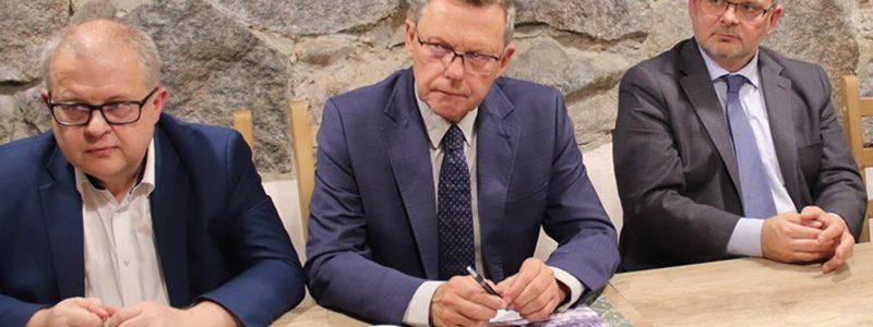 Konferencja prasowa Koalicji Obywatelskiej: D. Młynarczyk, T. Nowak, M. Sytek