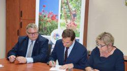 Umowa na budowę drogi Ogorzelczyn – Osada Leśna Ogorzelczyn – Grzymiszew