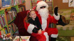 Odwiedziny św. Mikołaja w Centrum Kultury Biblioteki Publicznej w Przykonie