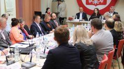 Chaos w śmieciach - sesja rady miasta Turek