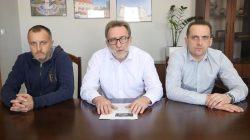 Komunikat. Tomasz Józefowicz, Cezary Krasowski, Paweł Jacaszek