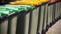 Metoda opłaty za śmieci zmienmiona przez radę Gminy Malanów | na zdjęciu: kubły na smieci