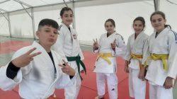 zadowoleni młodzi judocy UKS Judo Tuliszków