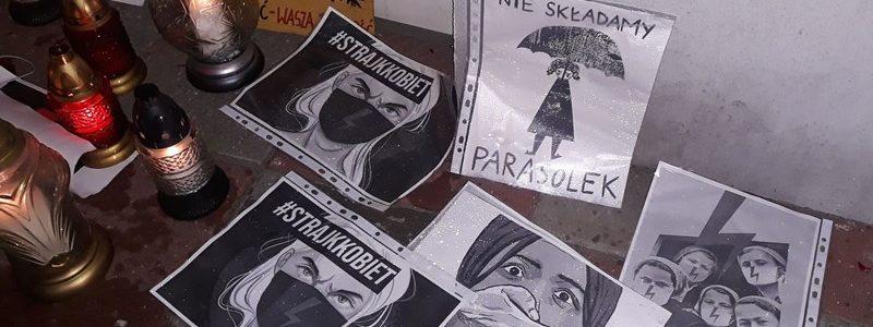 Protest w Turku - Walczcie z wirusem, nie z kobietami