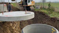 Montaż dren / zbiornika wód opadowych