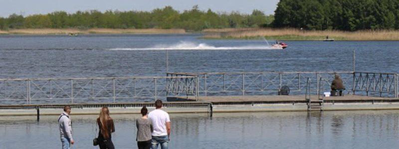 Zbiornik Przykona powstał po terenie wyrobisk pokopalnianych
