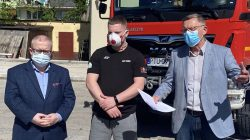 PO ostrzega: PiS dzieli strażaków OSP na lepszy i gorszy sort | Od lewej: Dariusz Młynarczyk, Dominik Rogodziński, Tomasz Nowak