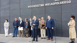 W Światowy Dzień Pszczół 2 mln zł od Samorządu Województwa Wielkopolskiego | przemawia marszałek Marek Woźniak