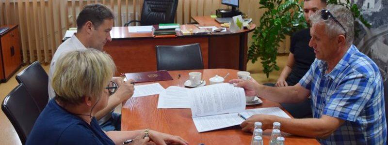 Podpisanie umowy na Kino za rogiem w Tuliszkowie