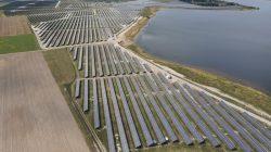 ZE PAK pobudował w Brudzewie na terenach pokopalnianych największą w Polsce farmę fotowoltaiczną (750 MW)